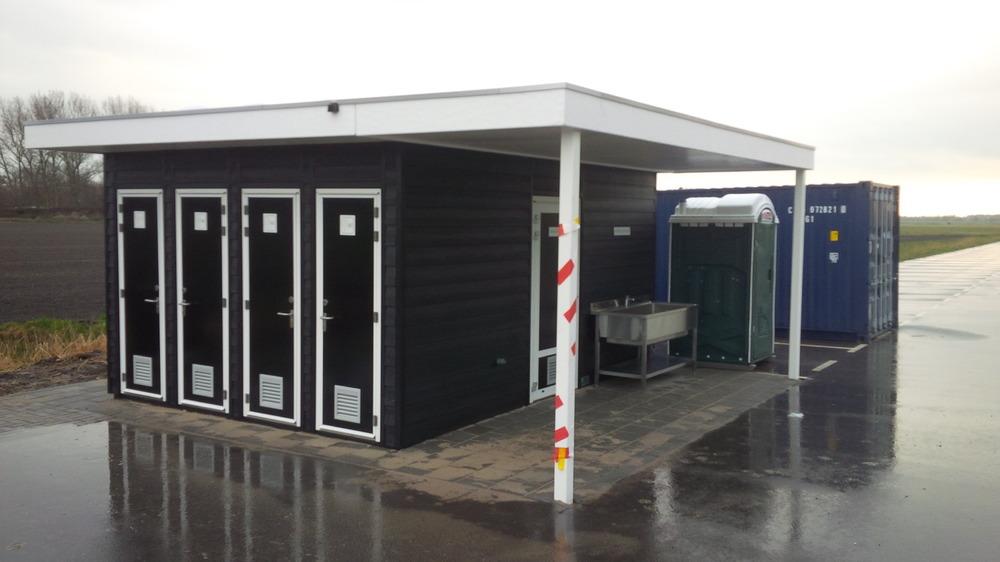 Nieuwe faciliteiten duikstek kerkweg den osse - Toilet faciliteiten ...